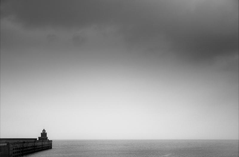 """""""(...) no te olvides, una pequeña luz puede iluminar a grandes barcos (...)""""."""